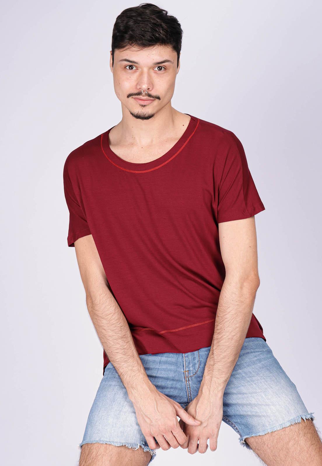 T-Shirt Ampla Malha Manga Curta Cippóo Bordô